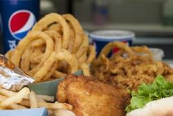 pet friendly restaurant in cape cod